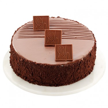 Swiss Milk Chocolate Cake Made With Lindt